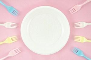 piatto-di-plastica