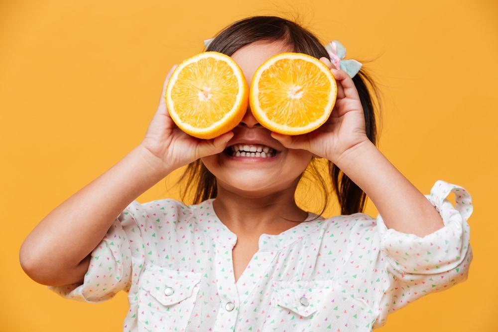 lupo-mangia-frutta