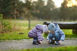 bambini-al-parco-in-inverno
