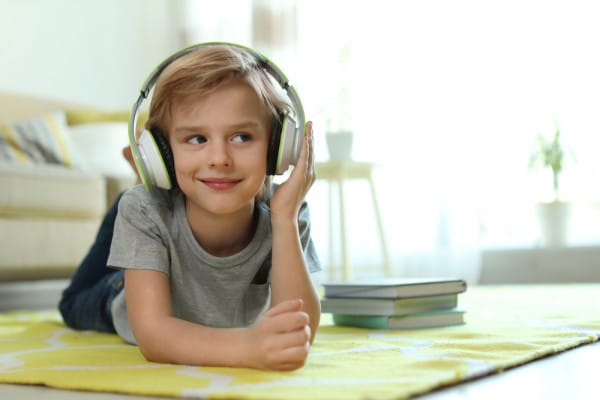 letture-ad-alta-voce-e-audiolibri-per-bambini
