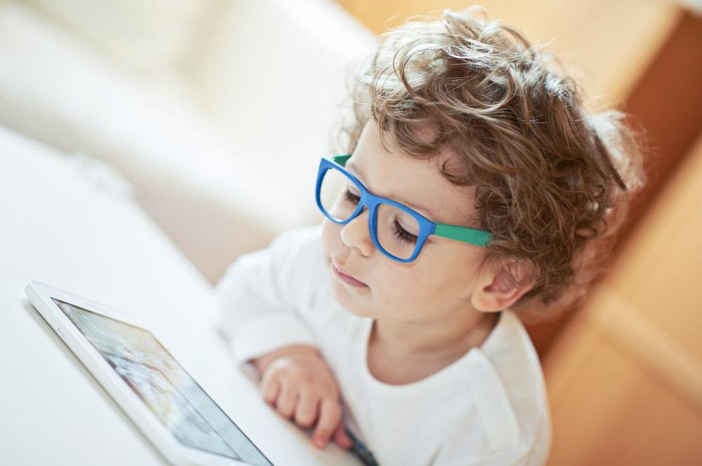 bambini-e-schermi
