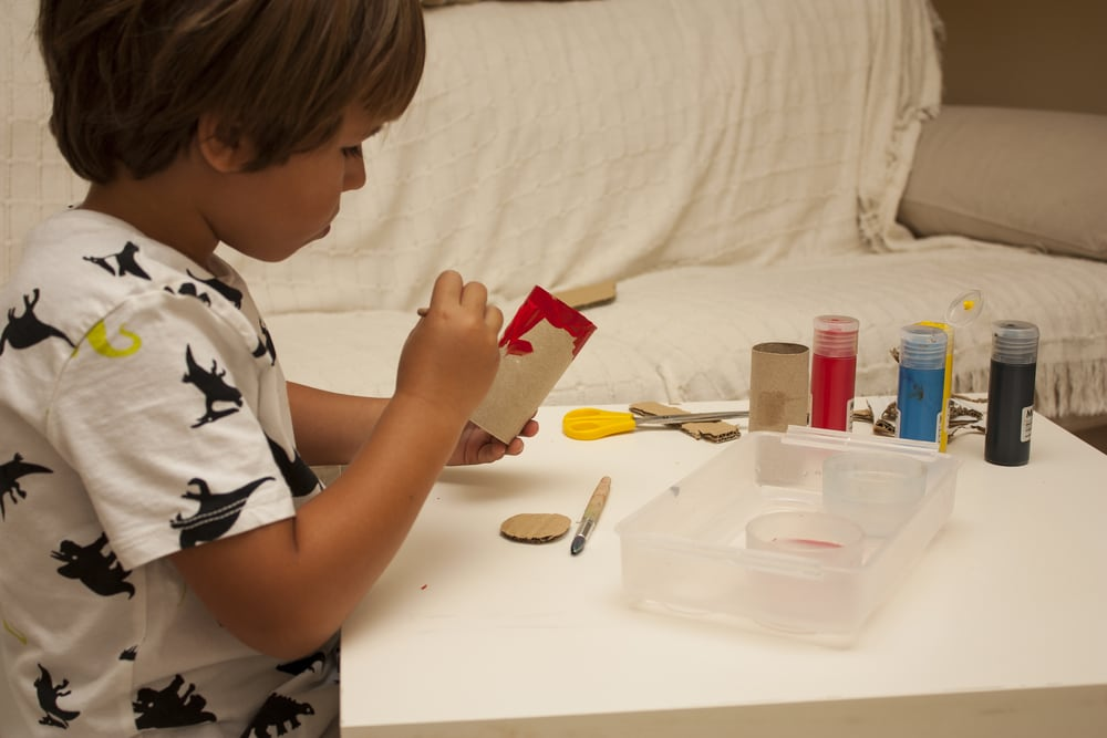 bimbo-dipinge