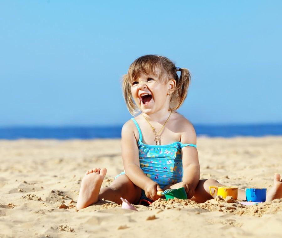 giocare-con-la-sabbia