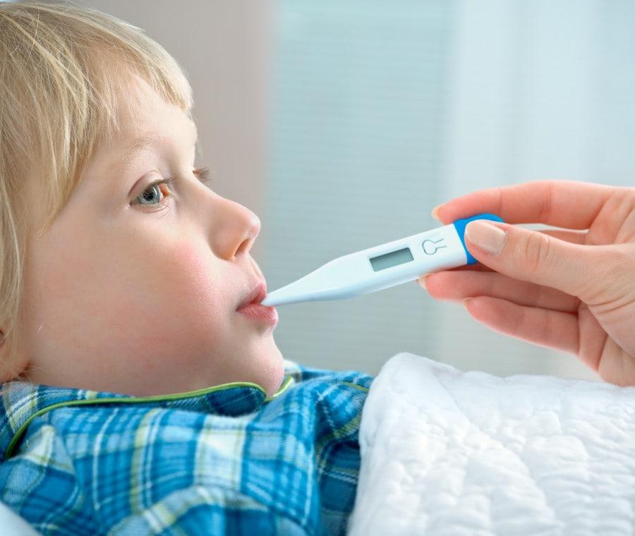 bambino-con-febbre