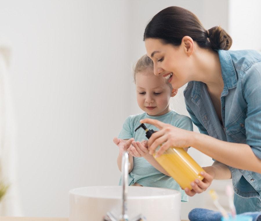 caratteristiche-dei-genitori-elicottero-perfezionismo-al-primo-posto