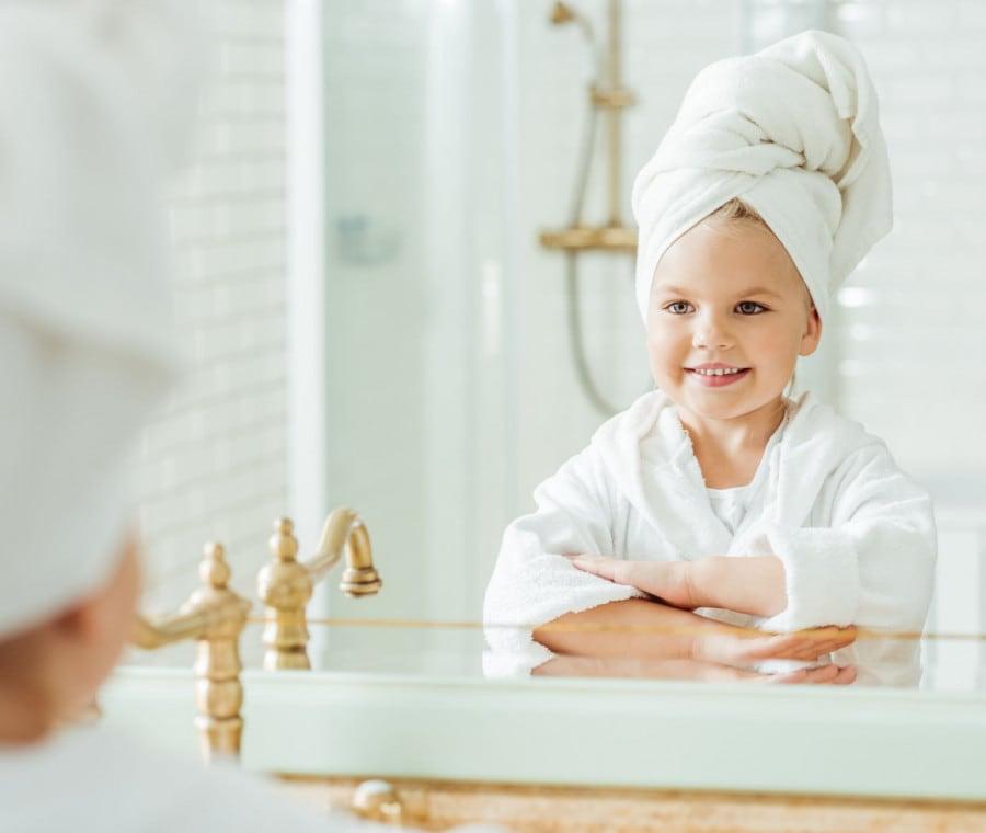 insegnare-ai-bambini-a-pulirsi-il-sederino