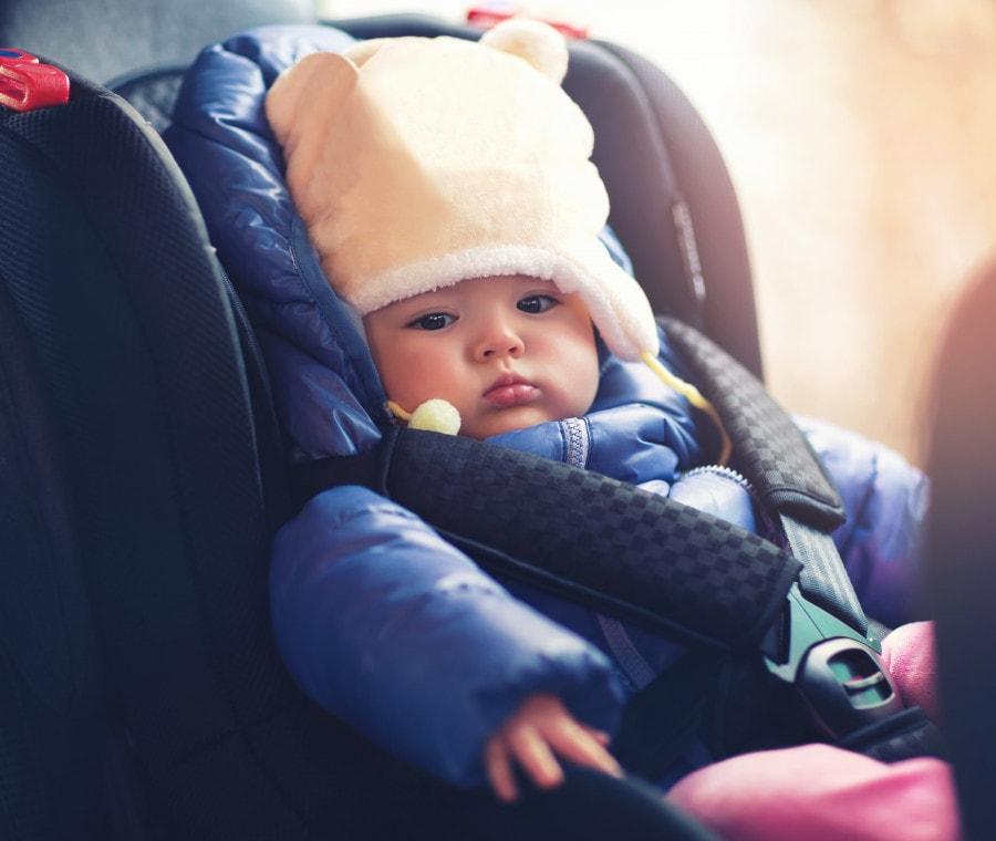 neonato-inverno-auto
