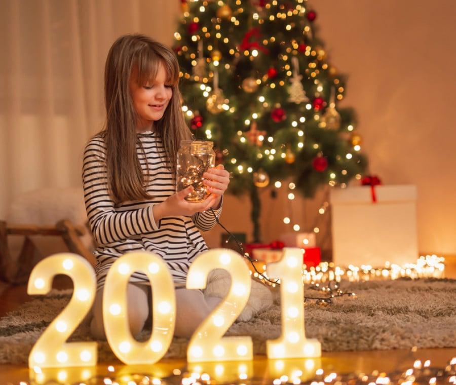 bambina-capodanno-2021