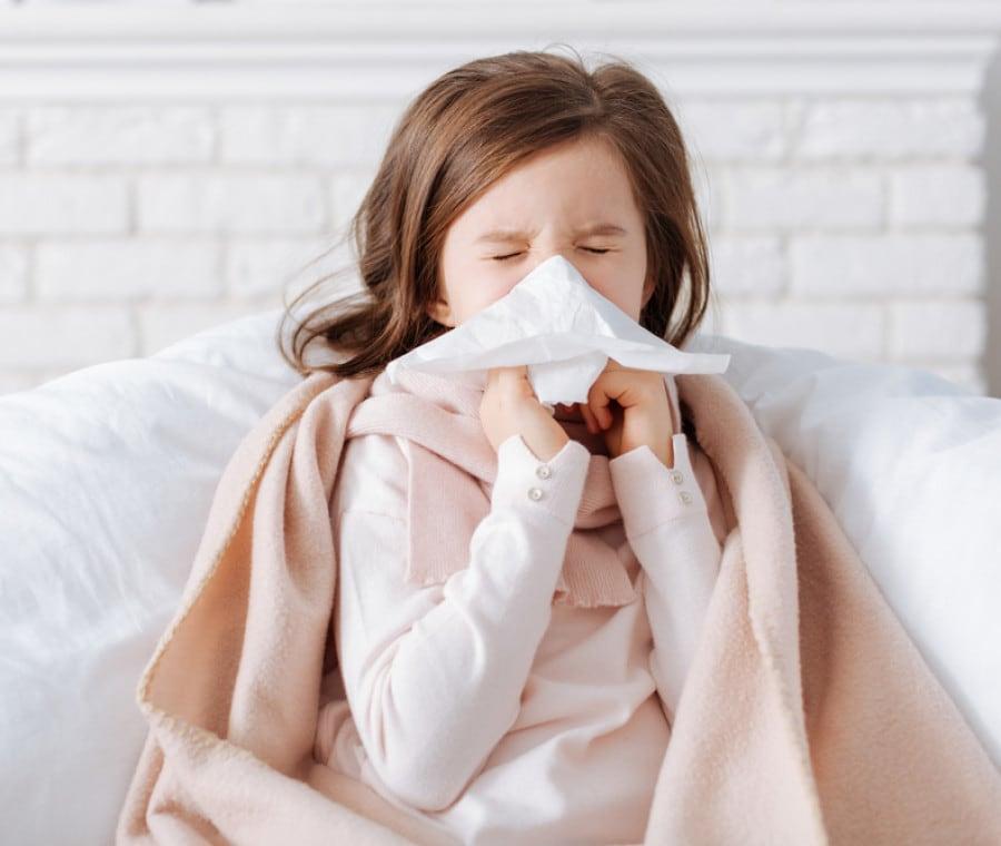 bambina-con-raffreddore