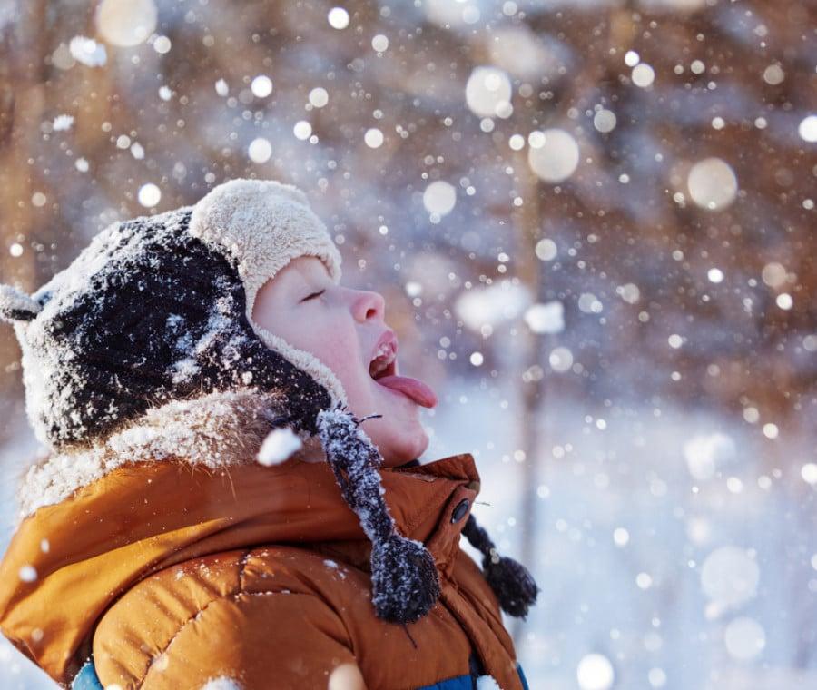 bambino-nella-neve