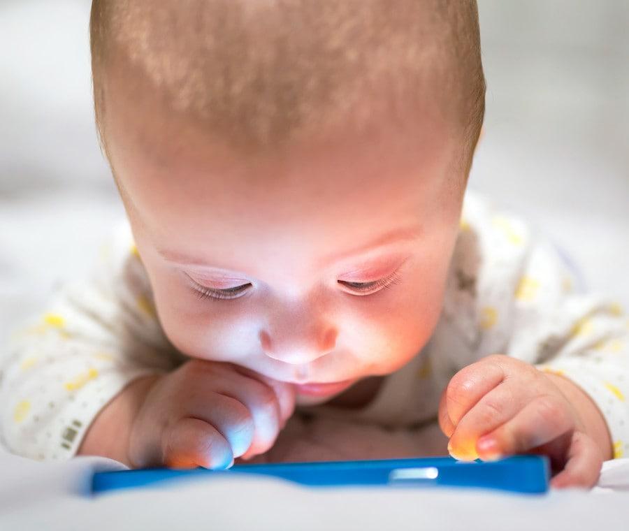 bebe-touchscreen