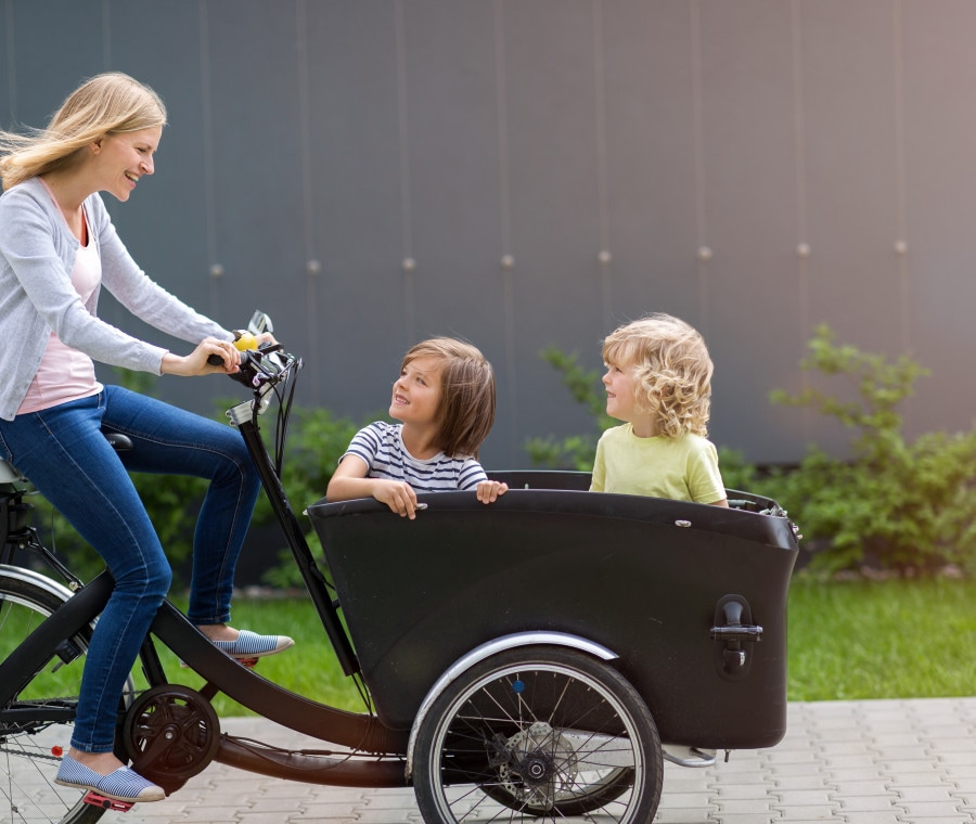 in-bici-con-i-bambini