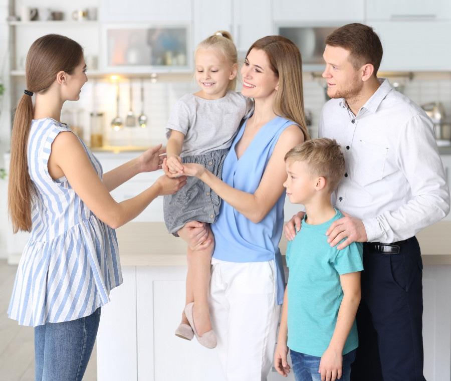 babysitter-consigli-per-gestire-il-colloquio-di-scelta-e-che-domande-fare