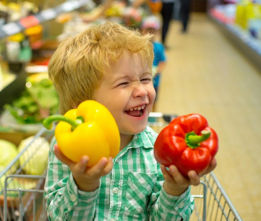 bambino-al-supermercato