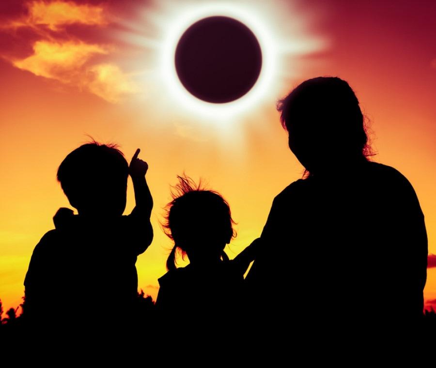 eclissi-di-sole-bambini