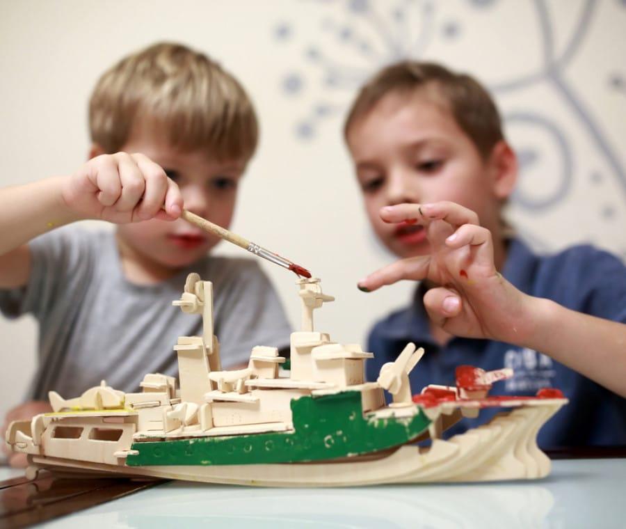 come-colorare-i-lavoretti-per-bambini-in-legno