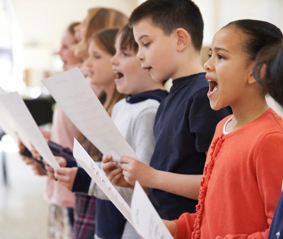 bambini-che-cantano