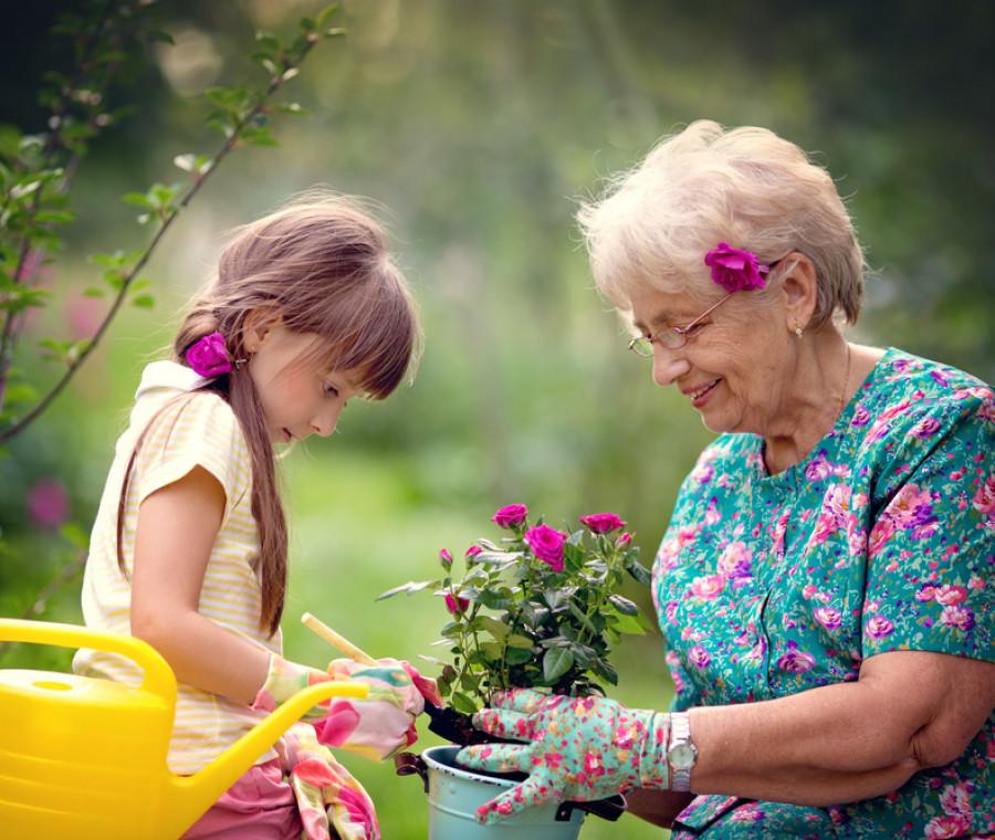 insegnare-bambini-rispetto-anziani