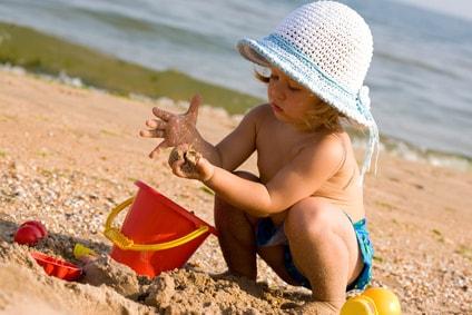 bambina-spiaggia