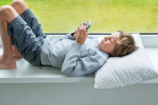 bambino-smartphone-1.180x120