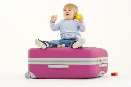 bambino-valigia