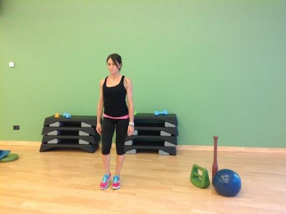 1.rotazione_anche_esercizi_ginnastica.JPG