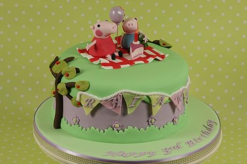 Peppa-Pig-Cakes32.jpg