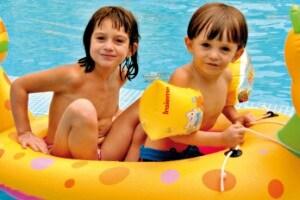 Ricci-Hotels-Animazione-bimbi-in-piscina404.1500x1000