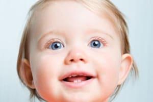 bambina_sorride.180x120