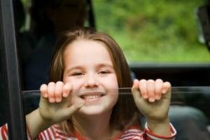 bambino-automobile-6-anni.180x120