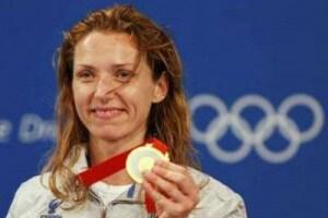 Valentina-Vezzali-portabandiera-alle-Olimpiadi-di-Londra-2012.180x120