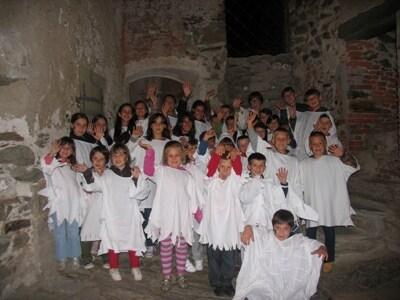 bambini-fantasmi-nel-castello-di-campo-tures400.jpg