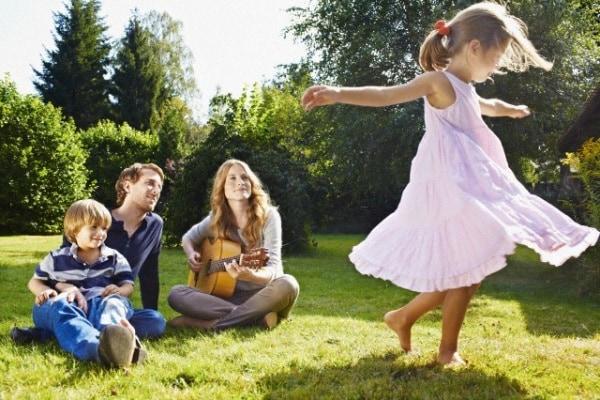 18 cose che i bambini possono insegnarci sulla felicità