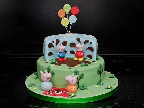 Peppa-Pig-Cakes33.jpg