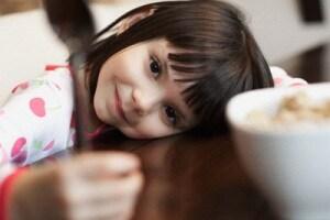 colazione-bambina.180x120