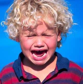 bambino-piange.180x120