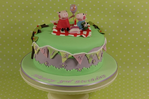 Peppa-Pig-Cakes36.jpg