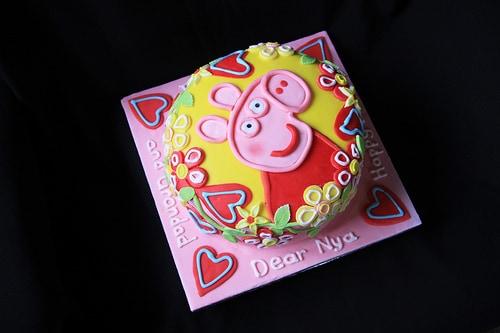 Peppa-Pig-Cakes38.jpg