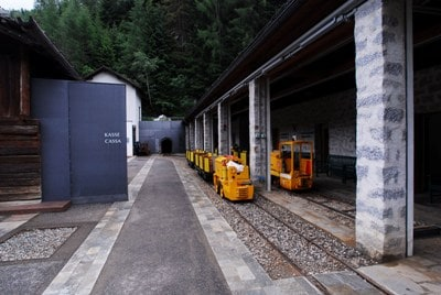 ingresso-miniera400.jpg