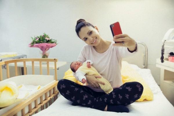 selfie-2.180x120