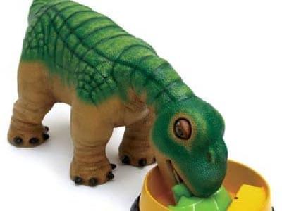 Baby-Sitter-Robot-Pleo