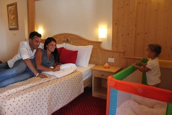 Hotel_al_Sole_Trentino_San_Sebastiano_di_Folgaria.jpg