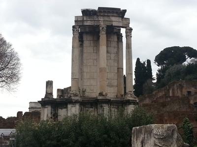 i_Tempio_di_Vesta_ricostruzione.jpg