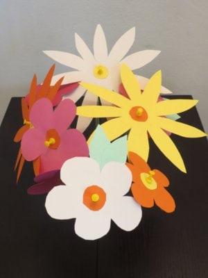 fiori-di-carta-dall-alto.jpg.180x120