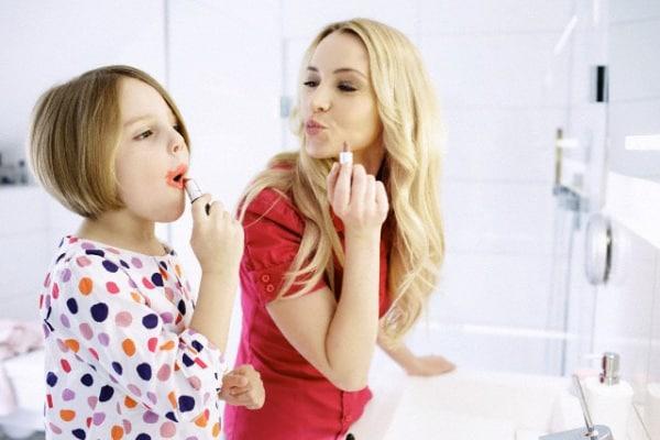 Trucco fai da te per bambine: una giornata da principesse