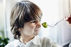 bambino-broccolo.180x120