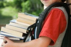 bimbo-libri-scuola.1500x1000