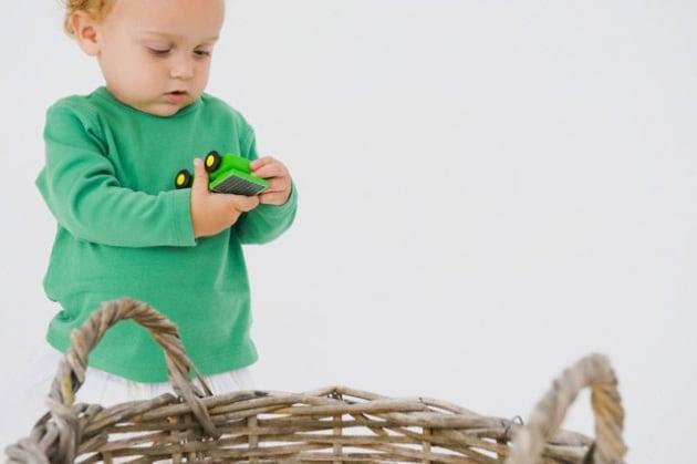 bambino_cesto