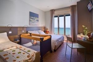 Hotel_La_Baia_Liguria_Diano_Marina.jpg.180x120