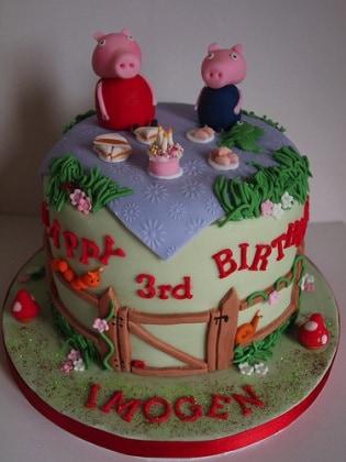 Peppa-Pig-Cakes1.jpg